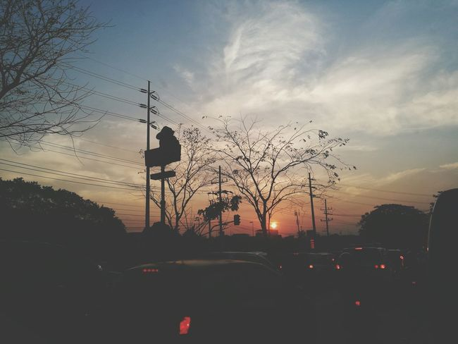 Sunrise Silhouette Jollibee Transportation Traffic Rushhour ManilaStreetPhotography Car Sky City Silhouette