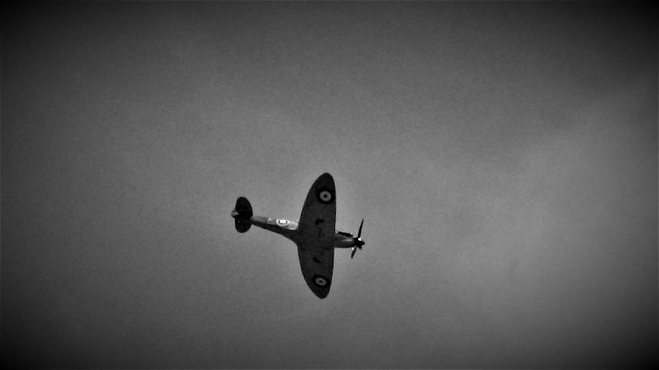 "Here is a (Black and White) Photo Shot of a Spitfire Performing it's Display at Capel le Ferne 2017 for ""The Battle of Britain"" Memorial Service. 2017 2017 Year Black & White Black & White Photography Capel Le Ferne Folkestone Kent England Hot Day Nice Day Planes In The Sky Planespotting Spitfire, Fighter WW2, Vintage, RAF, Pilot, Flying, Airfield, Speed, Grace, Beauty United Kingdom Battle Of Britain Black And White Black And White Collection  Black And White Photography Black&white Black&white Photography Blackandwhite Blackandwhite Photography Blackandwhitephotography History Memorial Flight Planes Spitfire"