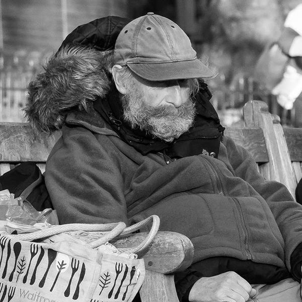 I love people watching. Always get to see some interesting characters Tramp Epicbeard Parker Photography Photooftheday Canonuk Canon Canonphotography Canon7dMK2 Canonlens Canonlenses 70200mm Canon70200 Winter Stjamespark Stjames Cold Showcase: November