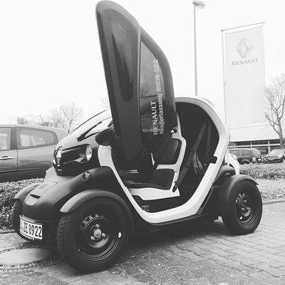 lets get it started @renault_de @renault_live Electromobility Twizzy Electric Leafpetrol @leafpetrol @probefahrer Renault
