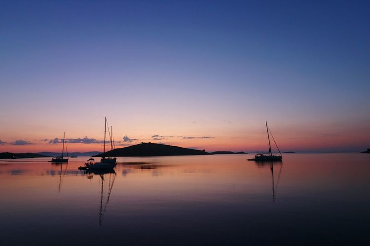 Zut Croatia Sunrise_Collection Sunrise_sunsets_aroundworld Water Nautical Vessel Sunset Lake Sailboat Fishing Reflection Silhouette Idyllic HUAWEI Photo Award: After Dark