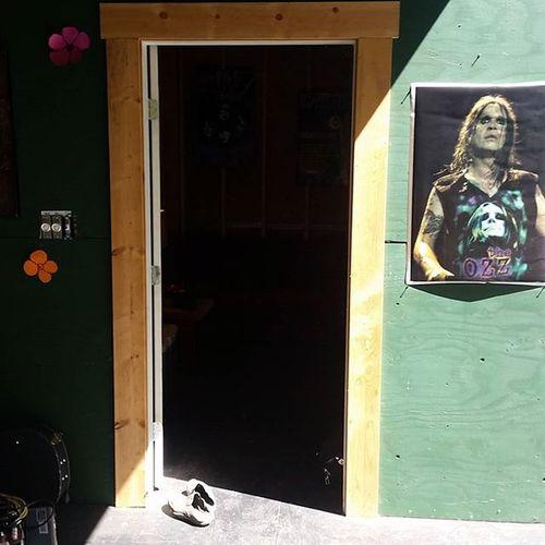 SpecialWoodstock2015 entrance to artist lounge... Ozzyosbourne ! 😎 😘 sweet!