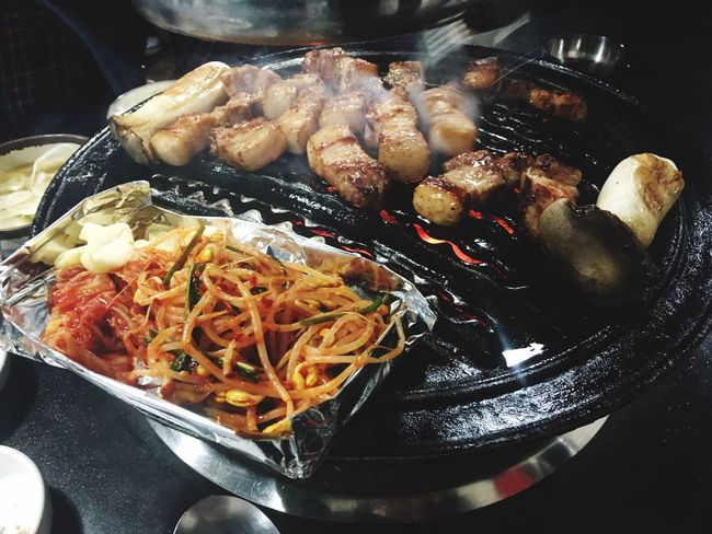 Food Pork Yummy Enjoying Life Korean Food Afterwork Nightlife Enjoing A Meal Delicious Dinner Bacon! Grilled Grilled Meat Hello World Hi!♥ Korea 왕십리 땅코