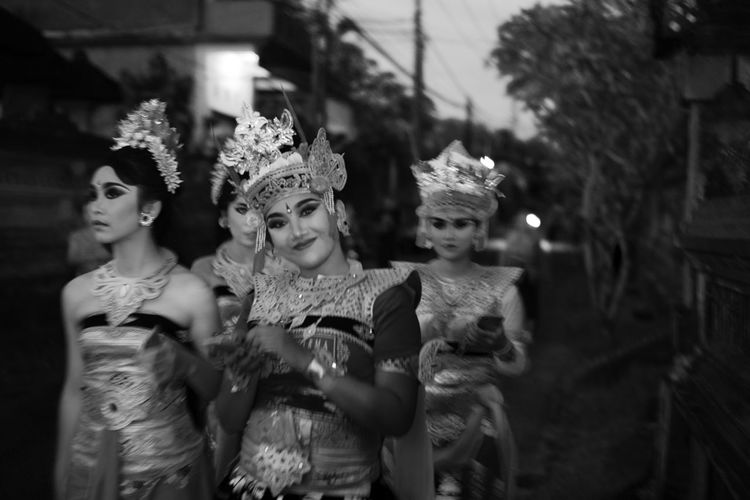 Bali Street Photography Nikon Bali Lifestyle Nyepi Tradition Woman Balinese Black And White Celebration Costume Culture Monochrome Night Outdoors Pengerupukan Real People Street Photography Unique Young Adult
