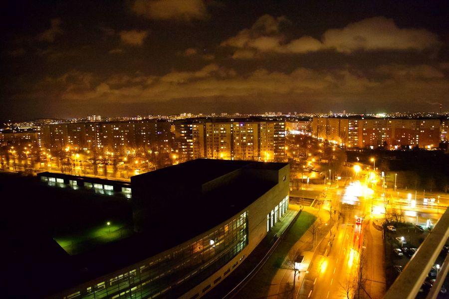My Fuckin Berlin Berliner Lichter Berliner Nächte Die Radikalen Foto Hools Light Up Your Life Tadaa Community Night Lights Nightphotography Lights Streetphotography