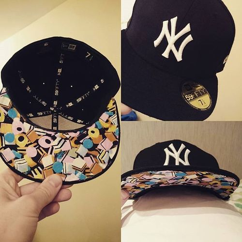 NewEra Neweracap 59fifty 5950 Newyorkyankees LiquoriceAllSorts Liquorice Homemade Allbymyself Designedbyme Hardwork Hardsorkpaysoff Thanks to JuanMata getting his RedCard in Westbromwichalbion v Manchesterunited I seized the opportunity to pimp the underpeak of the iconic NY hat. Happy with the result!