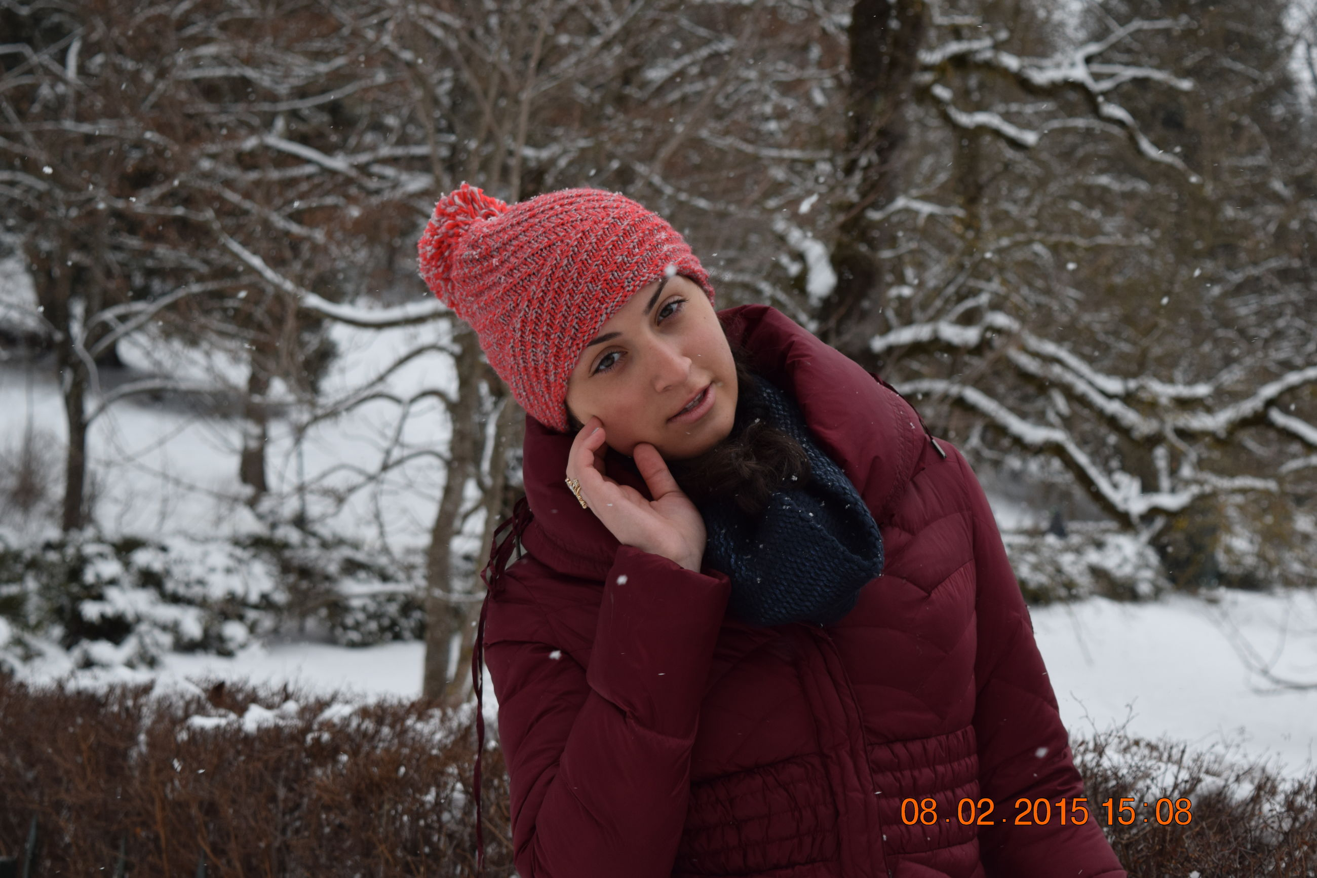 lifestyles, person, winter, leisure activity, portrait, cold temperature, looking at camera, snow, front view, warm clothing, three quarter length, waist up, smiling, childhood, casual clothing, young adult, elementary age, season