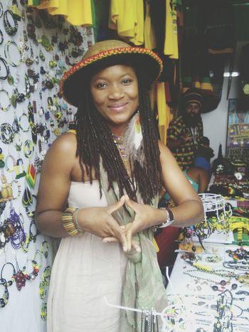 Ella es hermosa ü Reggae♥ I LOVE MUSIC *_* Portrait Of A Woman Sunbathing