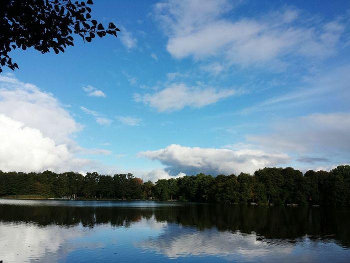 Autumn🍁🍁🍁 Lake View Natural Beauty EyeEm Best Shots - Nature Nature Photography Lakeside EyeEm Masterclass Taking Photos EyeEm Nature Lover What I Like