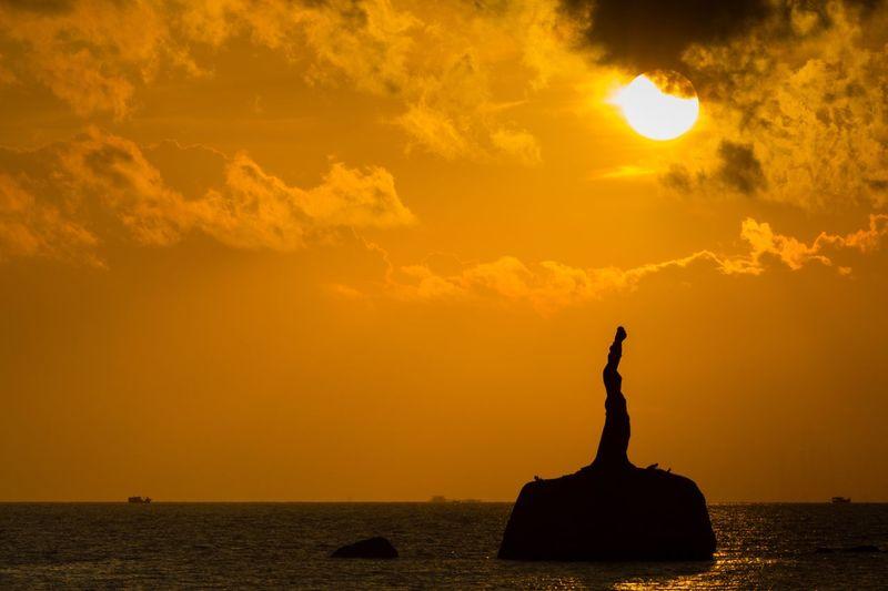 Sunrise Sky Sculpture Sea Statue Silhouette Nature Water Cloud - Sky Orange Color No People Outdoors Travel Destinations