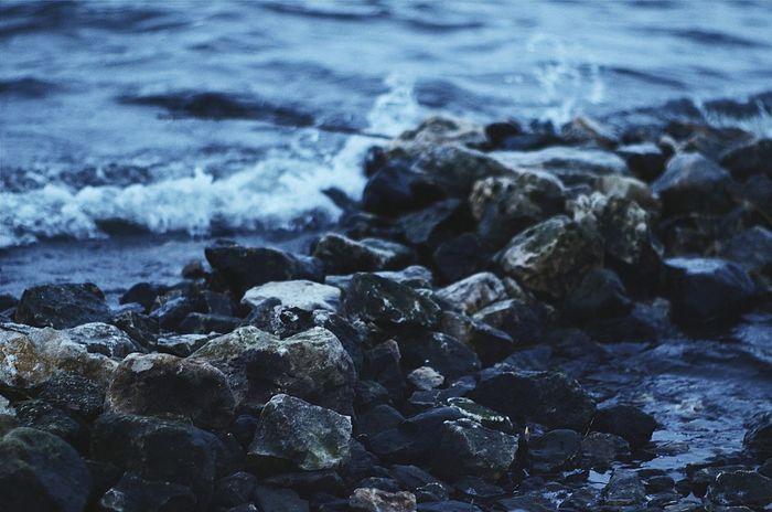 No People Beach Nature Day Outdoors River Relax вода💧 Lake сказка Beauty In Nature Sea Beauty Nature Water Volga River Blue Water Samara пейзаж Macro Blue камни волны