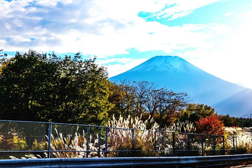 A Series Of Fuji Mountain's Picture -17 Autumn Fujimountain Colors Of Autumn Mountain View Mt.Fuji EyeEm Best Edits Eye Em Nature Lover Autumn Colors Fuji Mountain Beautiful Nature