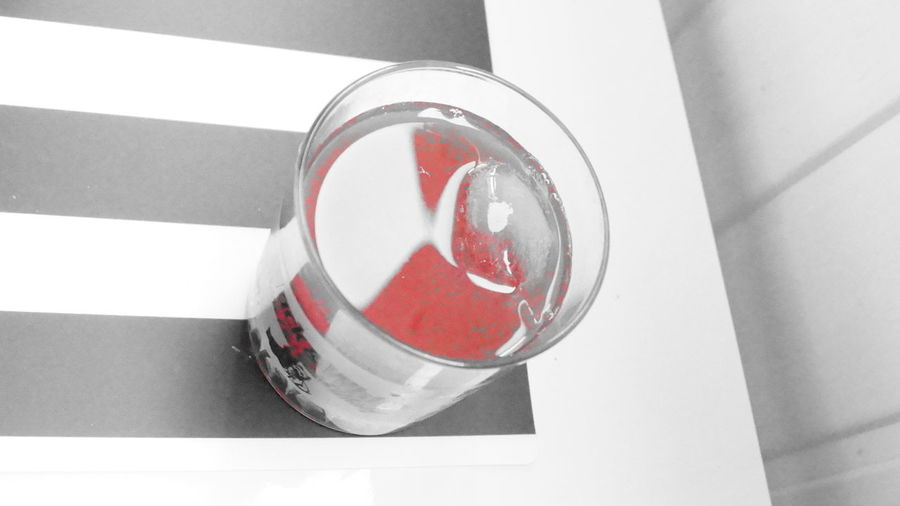 Artistic Arts Blackandwhite Close-up Day Drink Drinks Follow Follow Me Follow4follow Food And Drink Glass Glass - Material High Angle View Ice Ice Cube Ice Cubes In My Drink Indoors  No People Red Red