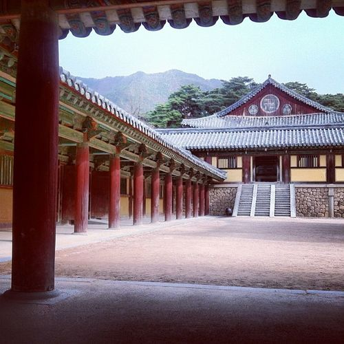 Beautiful temple, very peaceful