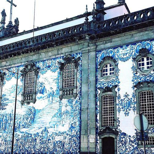 Porto.... Porto Beautiful Podróże Zwiedzamy Polishtravelblogs Polskieblogipodroznicze Polacywpodrozy Travelblogger Traveldiary Polacywpodrozy Travelgram Architecture Building Portugal