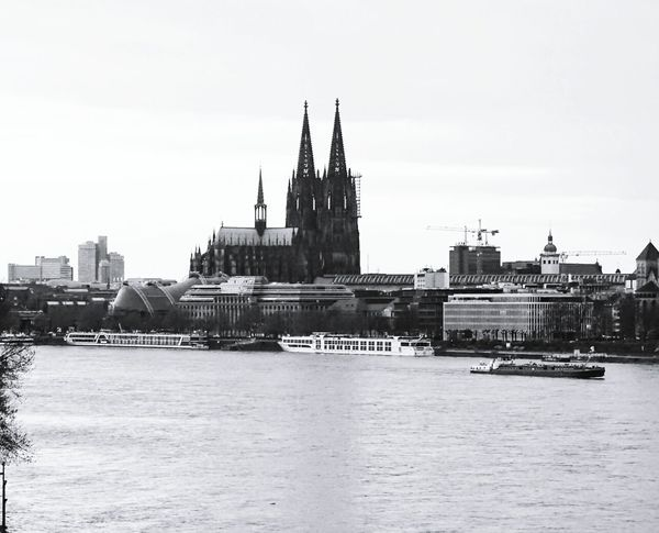 Cologne Cathedral Travel Destinations Architecture Rhine City Rhine River Church Water Outdoors Blackandwhite Kölner Dom Köln_dom Bnw_planet Bnw Photography Bnw_captures Bnw_society