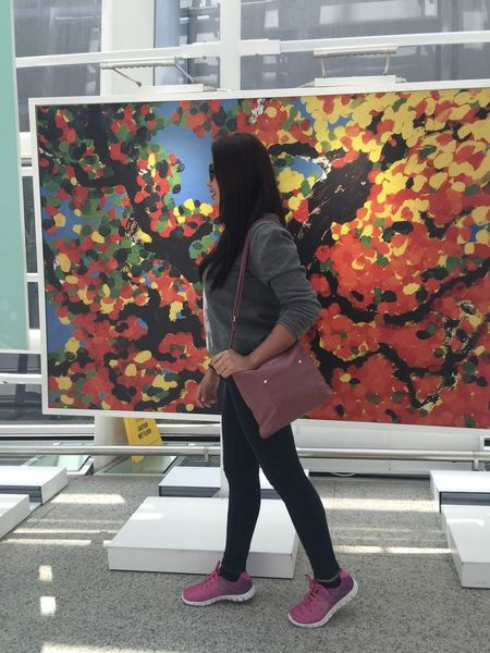 street style Colorful Fashion Lifestyles Outdoors Painting Side View Streetphotography Young Women