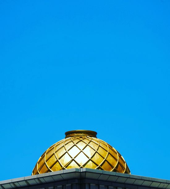 EyeEmNewHere Art Street Sky Minimal Minimalism Minimalist Panasonic  G85 Lumix ASIA Taipei Taiwan Color Blue Gold City Dome Cupola Blue Roof Clear Sky Architecture Sky Built Structure The Architect - 2018 EyeEm Awards