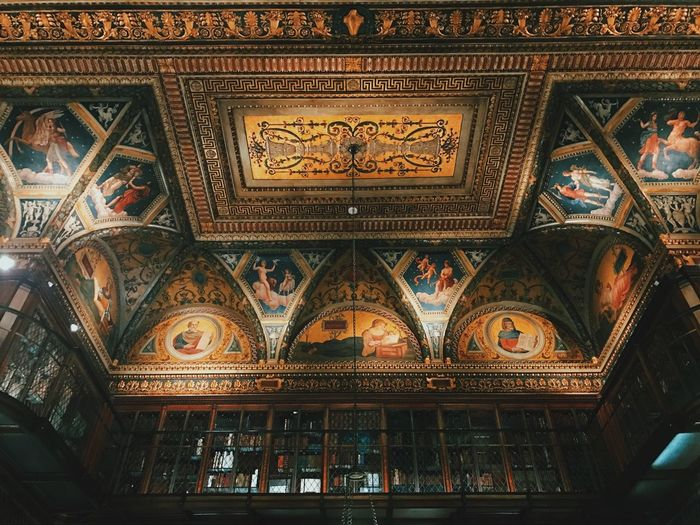 IPhoneography IPhone 7 Plus Iphoneonly beautiful collections inside JP Morgan's library