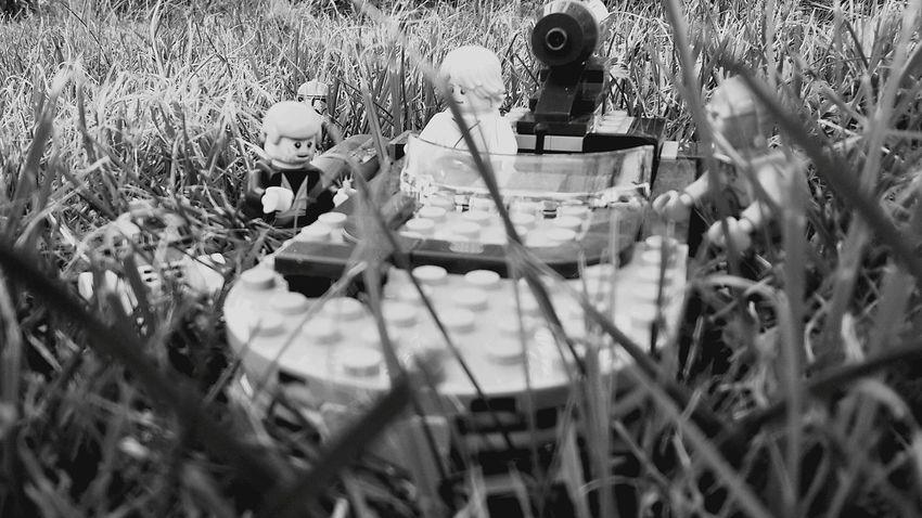 Grass Selective Focus Togetherness Legophotography LEGO Lego Minifigures Lego Star Wars  Lego Star Wars Photography EyeEm Best Shots Blackandwhite Photography EyeEm EyeEm Selects Blackandwhite EyeEm Best Shots - Nature EyeEm Gallery Black & White Star Wars Lego - Done ! Star Wars Lego Star Wars Eeyem Photography Schwarzweiß Lukeskywalker Obi-wankenobi C3•PO C3po Starwars
