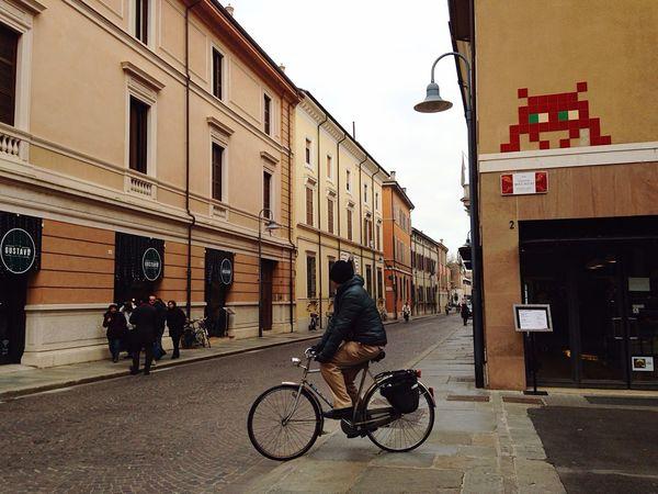 Space Invaders in Ravenna 👾 Sofiavicchi Sofiavicchiconceptdesign Space Romagna Creativity Ceramic Mosaic Alien Sci Fi Streetphotography Street Street Art Streetphoto_color Streetphoto Creativity Has No Limits