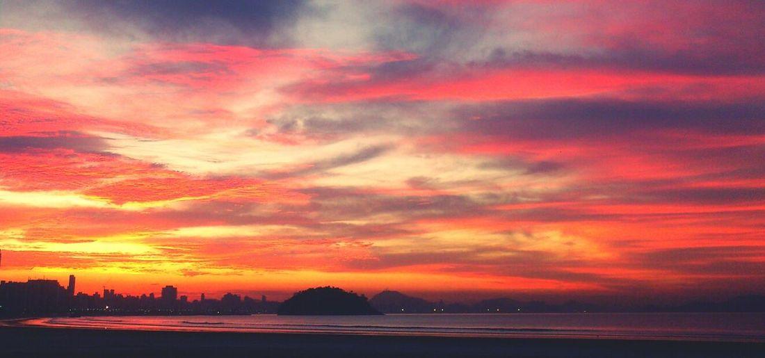 EyeEm Best Shots - Sunsets + Sunrise Sun Light Sun Collection Sunset #sun #clouds #skylovers #sky #nature #beautifulinnature #naturalbeauty #photography #landscape