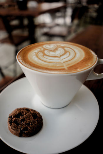 Hot Coffee Latte Coffee Coffee Latte Coffee Latte Hot Coffee Froth Art Mocha Cappuccino Frothy Drink Latte Drink Cafe Saucer Coffee - Drink Coffee Cup Cafe Macchiato Espresso Maker Coffee Maker Ground Coffee Barista Coffee Shop Espresso Hot Drink Roasted Coffee Bean Hot Chocolate Coffee Bean Coffee Pot
