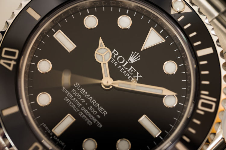Accuracy Circle Clock Clock Face Clock Hand Close-up Equipment Geometric Shape High Angle View Indoors  Instrument Of Time Metal Minute Hand No People Number Shape Silver Colored Still Life Submariner Technology Time Watch Wristwatch
