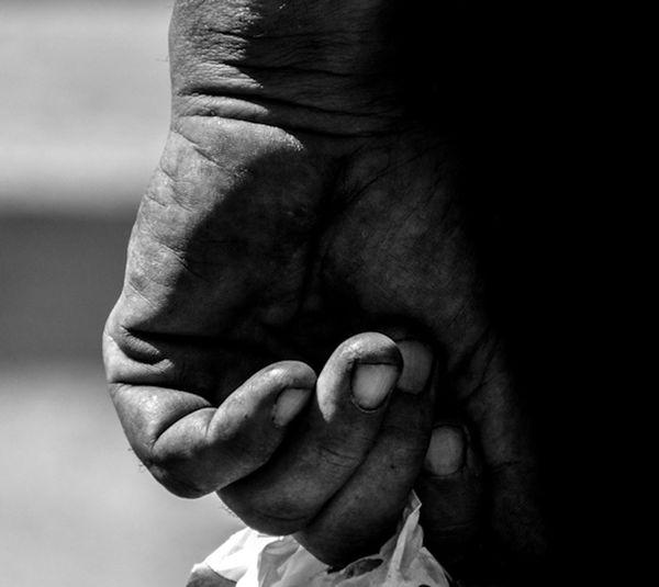 Anonymous hands... walking... EyeEm Best Shots - Black + White Bw_collection EyeEmbnw EyeEm Best Shots