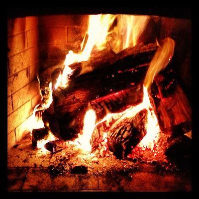#home #buarcos #tavarede #figueira #figueiradafoz #portugal #iphone5 #instagram Fogo Home Fire Portugal Instagram IPhone5 Figueira Figueiradafoz Buarcos Tavarede Lareira