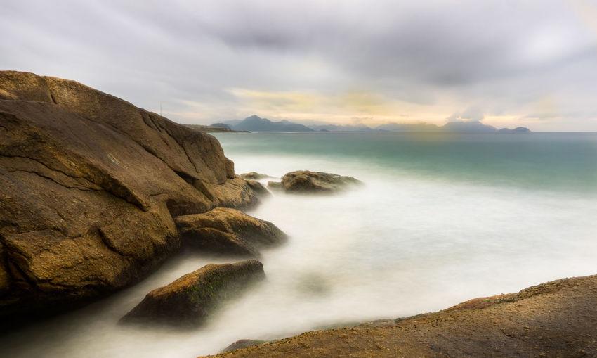 Long Exposure Sunrise Beach Beauty Sea And Sky Cloud - Sky Rock