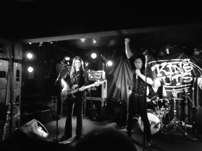 Thee Hypnotics 5 April 2018 Black And White P10 Plus Photography Awesome Rock Group Musician Popular Music Concert Illuminated Men Occupation Rock Musician Nightlife Performance Music Bass Guitar