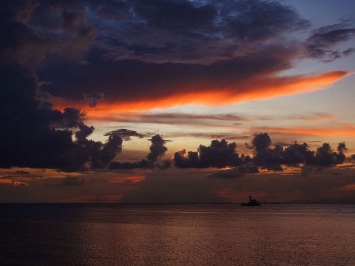 Cloudscape Sky Sunset Cloud - Sky Scenics - Nature Beauty In Nature Tranquility Orange Color Tranquil Scene Tree Water No People Nature Idyllic Waterfront Silhouette Outdoors Non-urban Scene