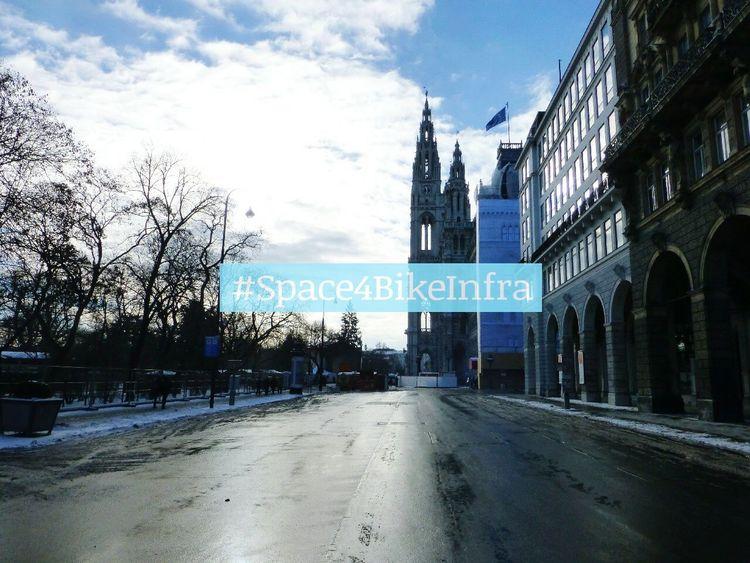 Space4BikeInfra @Rathausplatz Wien Radfahren Cycling Vienna Cityspaces Discover Your City Streets Of Vienna Streetphotography