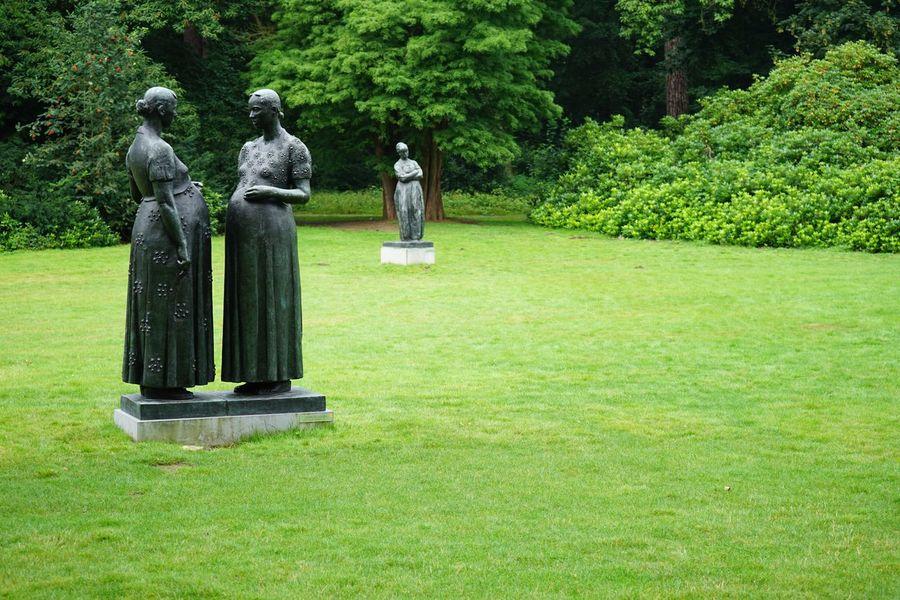 Sculpture ArtWork Art Statue Kunstwerk Kunstmuseum Outdoors Outdoor Photography Museum Grass Lawn Middelheim Middelheim Park