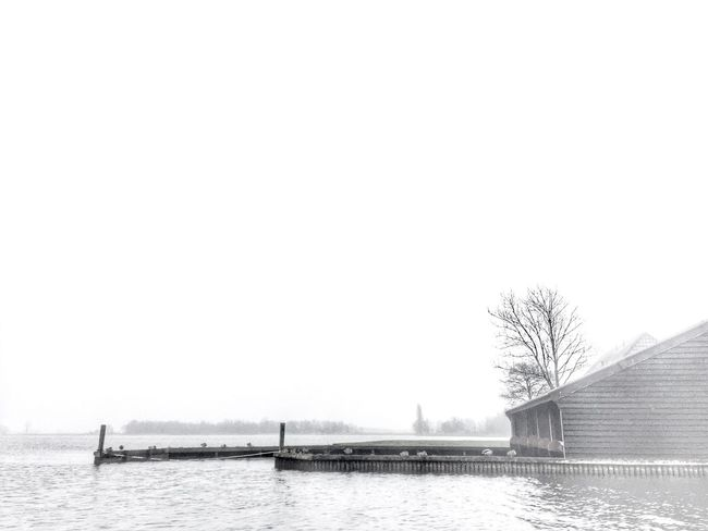 Giethoorn in winter Nature Beauty In Nature Scenics Tranquil Scene No People Reflection Fog Travel Journey Lake