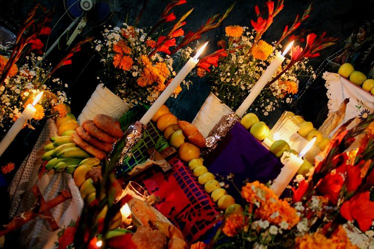 Color. Travel Destinations No People Autumn Close-up Indoors  Day Supermarket Illuminated Arts Culture And Entertainment Mexico Tradicionesmexicanas Tradition Dia De Muertos México Ofrenda Al Dia De Muertos OfrendaFamiliar