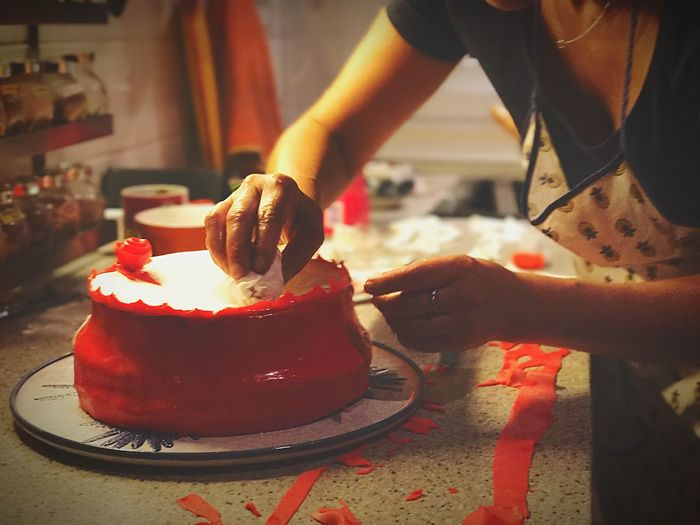 Handmade For You Cooking Birthday Cake Food Surprise Celebration Sweet Food Bokehlicious IPhone7Plus Creativity 3XSPhotographyUnity EyeEmBestPics ShotOnIphone Modern Workplace Culture Small Business Heroes Holiday Moments