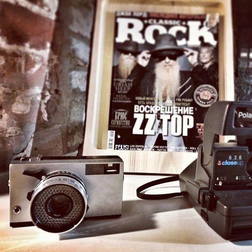Rock the world tonight🌑 Harmsbookshop Harms хармс Printl_photo Worldbestshot Camera Vintage VintageCamera Booksandcoffee