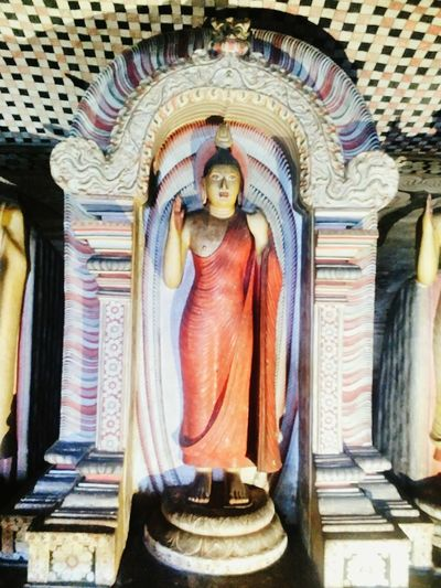 Buddha Sri Lanka Ceylon Asian  ASIA Exotic Buddhist Temple Buddhism Buddha Statue Buddha Monument Exoticism Travel Traveling Asian Culture Architecture Heritage Travel Destinations Landmark Rock Statue Sculpture Spirituality Place Of Worship Religion Human Representation Art And Craft Male Likeness Art ArtWork Artistic