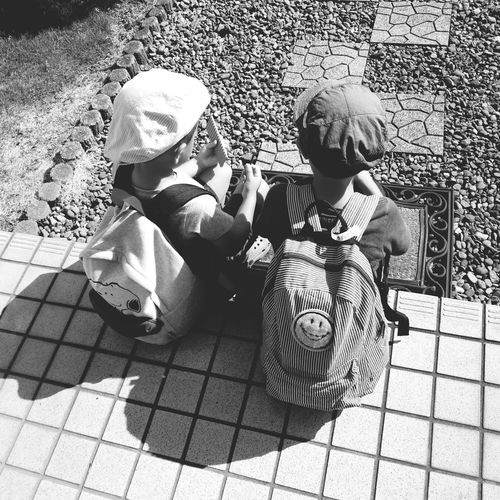 My beloved sons My Beloved Sons 息子 男の子 Boy Son 後ろ姿 仲良し Rear View A Good Friend Childhood Togetherness Child Sitting Low Section Girls Shadow Sunlight