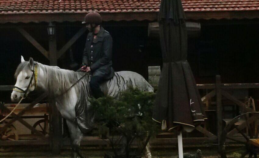 Eyem Best Shots Istanbul Turkey Horse That's Me Ride A Horse Hello World Nature Relaxing Hi! Enjoying Life