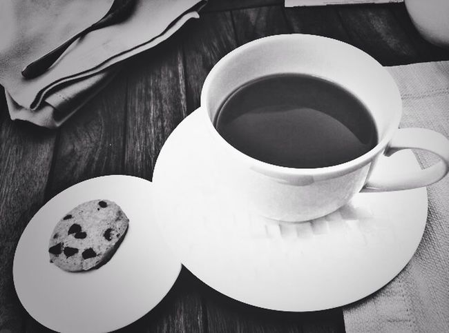 A cup of tea is always what am craving for. Tea Jumairah Hotel Black & White
