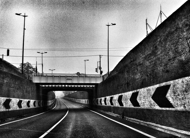 Vanishing Point budapest blackandwhite
