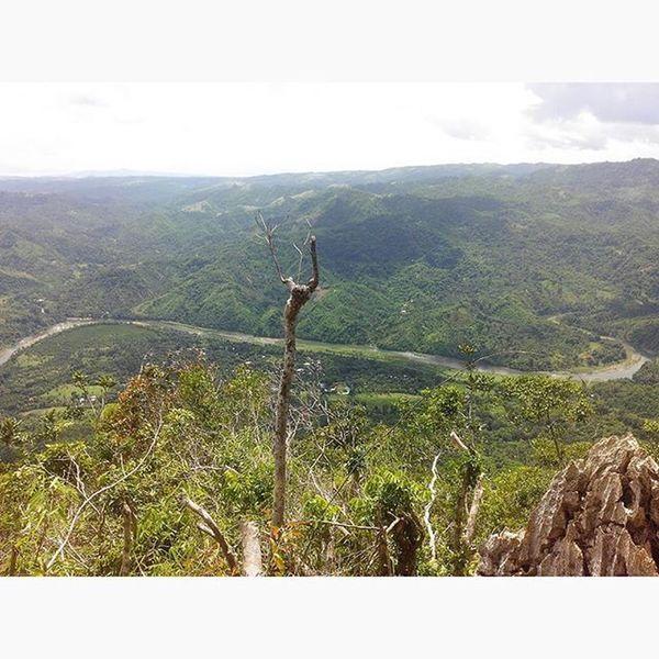091915. It is not the mountain we conquer, but ourselves. 2,300 ft Mt. Daraitan, we made it. ★ 8hrs SuperMaputikMadulasMatarik Worthit MtDaraitan hiking Summit