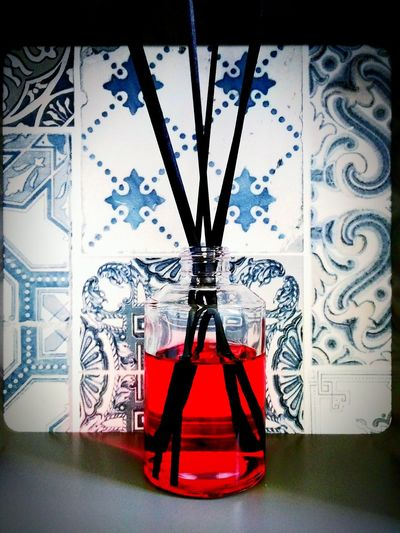Red atmosphère Decoration Home is Where the Art is Home Atmosphere Parfum Ambiance Red Red Color Encens Photography Azulejos Perfect Azule