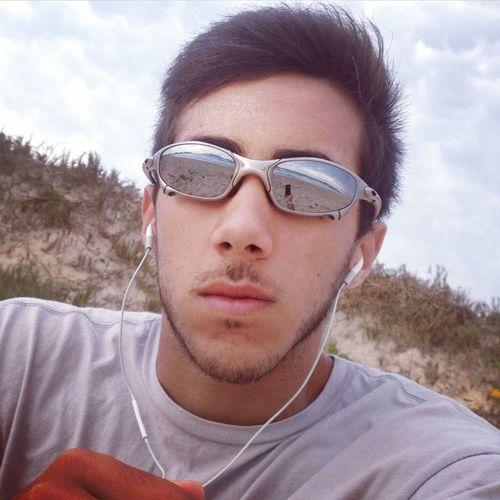 Peró Beach! ?? Oakley Summer Beach Oakleysunglasses Enjoying Rastacult Sun Oakleylove Juliet  Xmetal