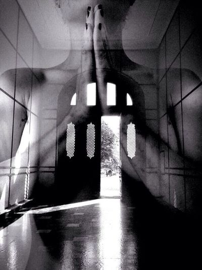 Monochrome Blackandwhite AMPt_community The Illusionist - 2014 EyeEm Awards