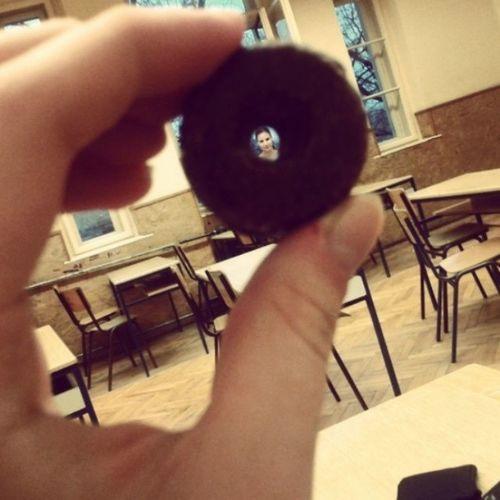 Teica u čokoladnom kolutiću  Bleja Fudporn Volimoslatko Foto сешн
