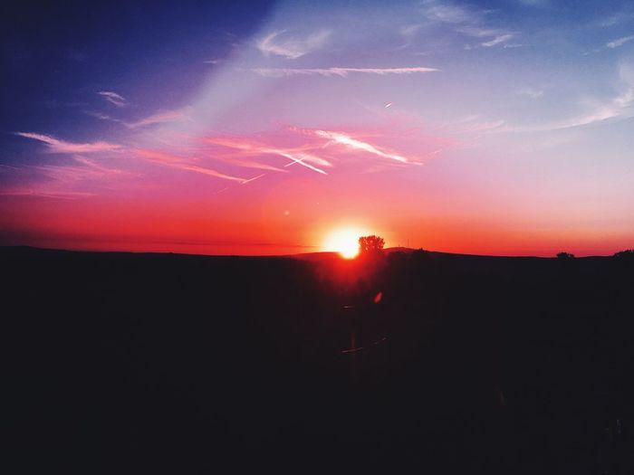 Sunset 🌅 HUAWEI Photo Award: After Dark